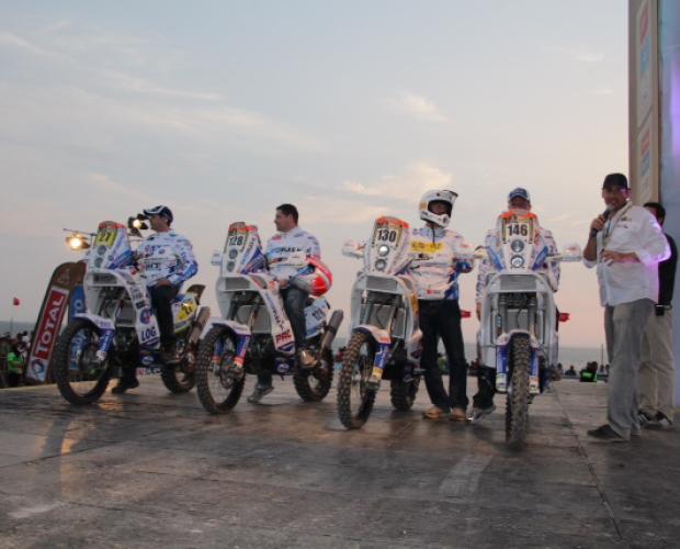 Sjaak Martens nog 1 nacht verwijderd van start van Dakar Rally